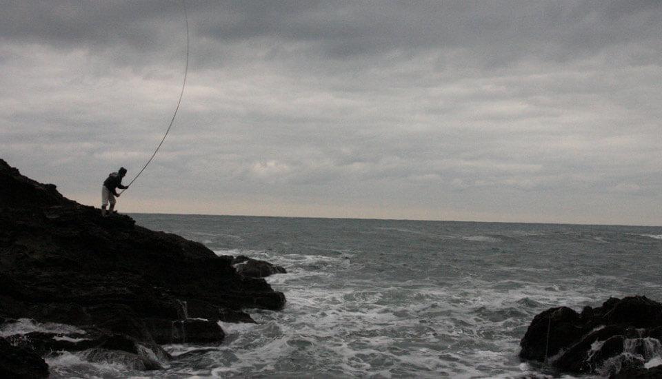 自作の4間竿でのクロダイを釣り